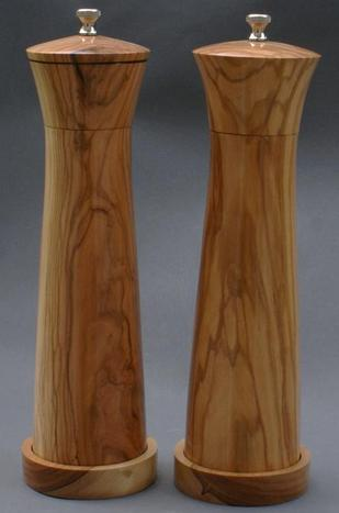 pepper mill wood